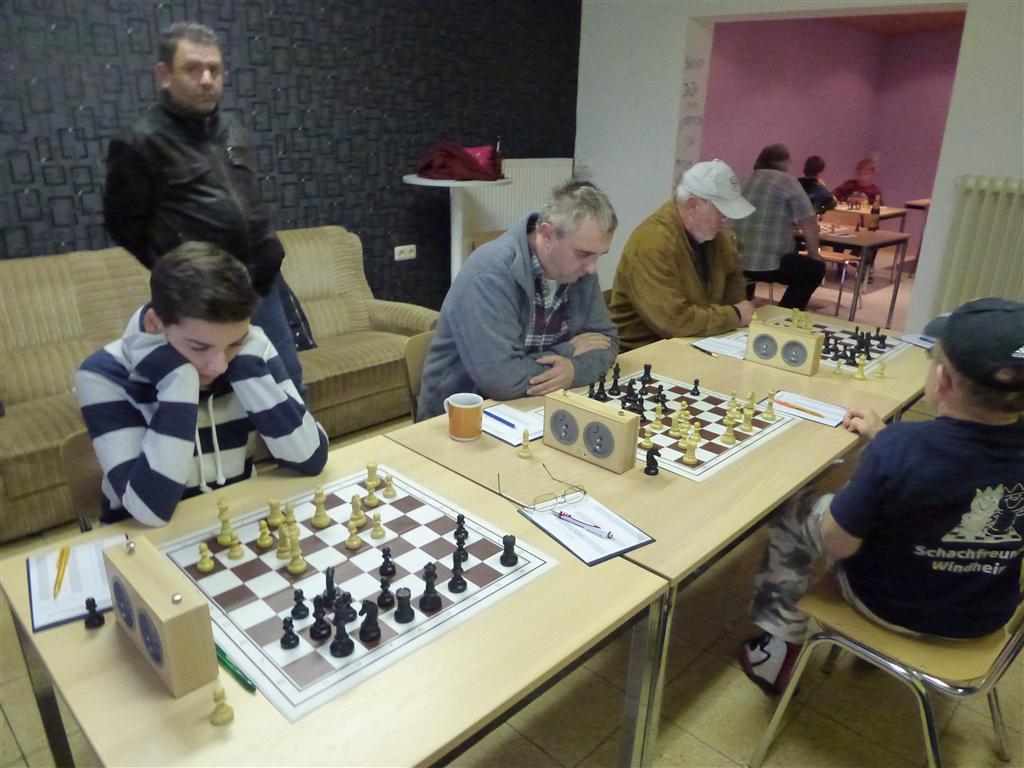 Brett 1-3_Niklas Knauer (Mittel)